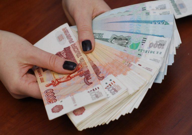 obem-kreditov-rossiyan-prevysil-19-trln-rublej